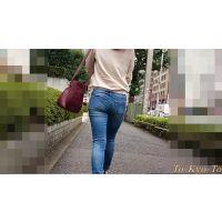 【FHD 60i】女子大生のお尻23(デニムのお尻がくねくね)