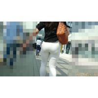 【FHD 60p】人妻のお尻1(下着の影がハッキリ浮かぶ白パン奥さん)