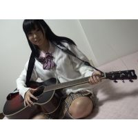 【2000年代3大女性ギターシンガー】YUI、、、miwa、、、あともう一人は???