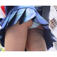JKスカートめくり 清楚なお嬢様JKのスカートめくってリアルしまぱんがモロ見え!! Part1