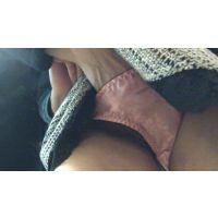 街中スカートめくり痴漢 Tバック美女のスカートめくってお尻まる出し&パンツにザーメンぶっかけました!! Part1