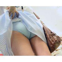 清楚系ロリ美少女 キュートなパンチラ逆さ撮り&公衆スカートめくりパンツ露出!! Part2
