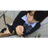女子校生公然わいせつ� 公衆トイレで手コキさせてやった&制服におもいっきりザーメンぶっかけ!! Part1