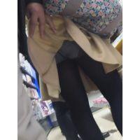 【フルHD】靴カメ君が行くPart338【黒パンスト手撮りめくりライトアップあり編】
