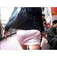 ロン爺のピタパン女がゆく111 うすうすスカートにパンティが激透けギャル編