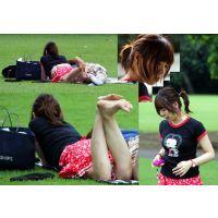 【CST&ya774collaboration4】 幸せカップルの野外足!彼女の足がフェチの餌食に!