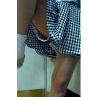 114,超可愛い私服女子○生さんがおまた広げたり色んなポーズしてくれたので観察してました!!