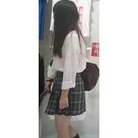 【新カメHD動画】制服娘逆さ撮りNo42(顔あり)