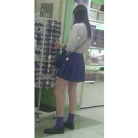 【新カメHD動画】制服娘逆さ撮りNo18(顔あり)