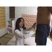 マッサージ店で働く人妻の密かな楽しみ 02