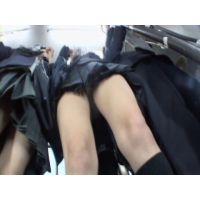 <ぱんちら>バスの女子○生 04
