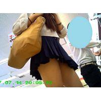 セーラー服 お買い物パンチラ!白パン(^O^)