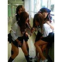 【大特価!!100枚】ピチピチのミニスカ制服姿の日常生活!!031