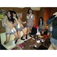 【第5弾プレゼント!!500枚】ピチピチのミニスカ制服姿の日常生活!!セット販売5