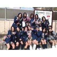 【大特価!!100枚】ピチピチのミニスカ制服姿の日常生活!!032