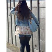 通学中な女 5