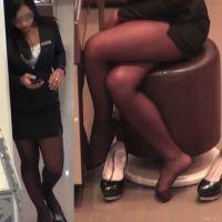 ☆動画☆ショップ店員の靴脱ぎと黒ストッキングの足