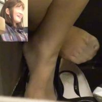 足の裏,女子大生,靴脱ぎ,脚フェチ,足フェチ,パンスト,パンプス,つま先, Download