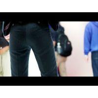 【フルHD一眼レフ動画】 むっちりパンツスーツのお尻3 東京モーターショウ2013