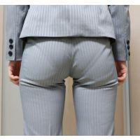 【後輩シリーズ】 むっちりパンツスーツのお尻12