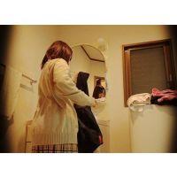 ☆K2(○6歳)あおい シェアハウスの入居者�-1 着替えを盗撮(脱衣所) 癒し系巨乳