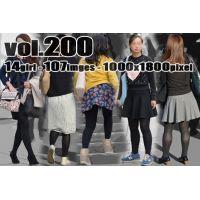 vol200-厚手黒タイツの魅力的な質感