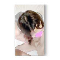 少女 乳首舐め+手コキ (本編 顔出し)