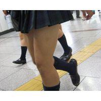 【大黒】NEW・JK・ギャルパンチラ追っかけ-15