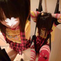 娘玩具を吊るし悪戯 下着を切り裂き毛のないアソコを 動画