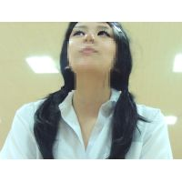 職権乱用極悪盗撮動画〜面接中にパンツを盗られる乙女たち。Vol.10〜天真爛漫学生編〜