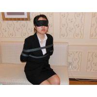 JD美○子、リクルートスーツのまま目隠し電マオナニー