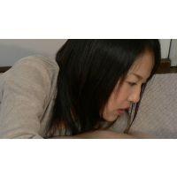 乳首舐め手コキ(仮称) 人妻奈津子さんのじょぼじょぼ音を立てるエロ過ぎる賃首舐め手コキ!編【フルHD】