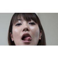 【フルHD】キス顔マニア 田中の超長い舌のキス顔!編