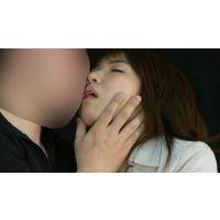 【電子写真集】接吻手コキ KISS-HANDJOB OL遥ちゃんとうっとり接吻手コキ!編