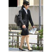 就活応援☆リクルートスーツで頑張ってる女子大生画像 JD 新人OL リクスー(5)