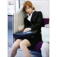就活応援☆リクルートスーツで頑張ってる女子大生画像 JD 新人OL リクスー(18)