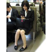 就活応援☆リクルートスーツで頑張ってる女子大生画像 JD 新人OL リクスー(1)