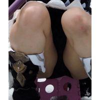 コスプレ2017夏脚が開きスカートの中が見えちゃってますw【動画】イベント編 3810