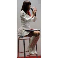 2015モーターサイクルショー全身白でトークショーコンパニオン【動画】イベント編 1208と905セット販売