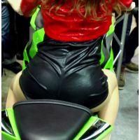 2015モーターサイクルショー後ろから良い眺めエロ尻【動画】イベント編 1288