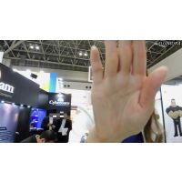 撮らないで下さい!レンズを手でふさごうとするコンパニオンw【動画】イベント編 501と502セット販売