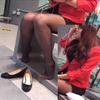 【動画】黒ストッキングのショップ店員