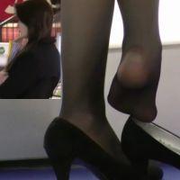 【動画】黒ストッキングのコンパニオン12
