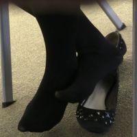 足の裏,女子大生,靴脱ぎ,黒タイツ,脚フェチ,足フェチ,つま先,パンプス, Download