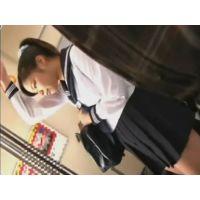 登下校中の女子●生に悪戯した痴漢映像 生徒�
