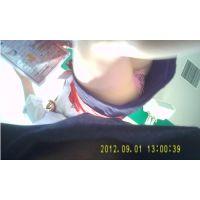 ワゴンガールの生パンチラ51-1(A)