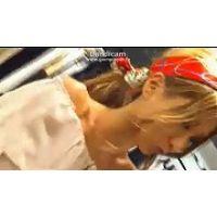 【HD動画】イケイケ金髪ギャルのキュロットの隙間からの赤ぱんちゅ接客06【高画質】
