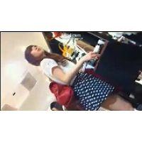 【HD動画】こんなに美形なAKB系清純派店員さんのM字開脚接客09【高画質】