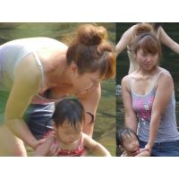 【子育て中のママがエロすぎる!★4 】人妻 若妻 盗撮 胸チラ パンチラ