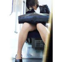 ★お仕事中のお姉さんパンチラ盗撮風(8)★画像 制服 OL